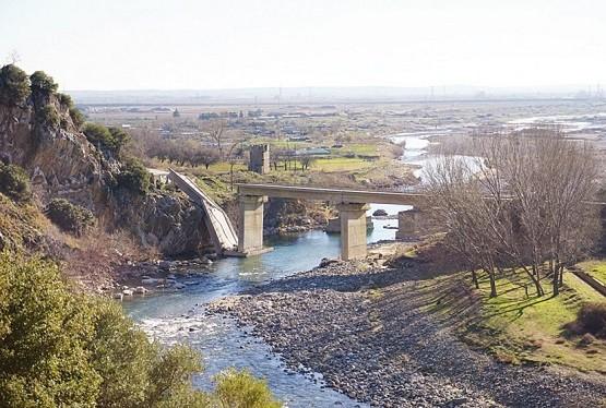 Μητροπολίτης Παντελεήμων: «Να φτιάξουν τη γέφυρα που κατέρρευσε»