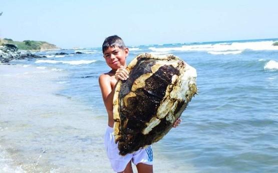 Το μήνυμα του μικρού Ζήση για καθαρή θάλασσα