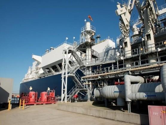 Βγαίνει το market test για το FSRU της Αλεξανδρούπολης – Σύντομα οι εξελίξεις με τη Bulgarian Energy Holding