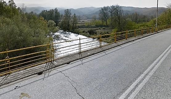 Κλείνει η γέφυρα του Παρανεστίου. Σύσκεψη τη Δευτέρα για τη στατικότητα
