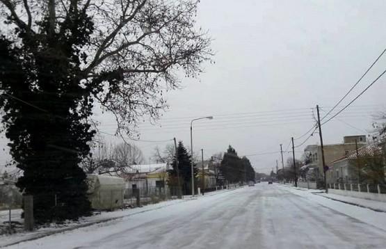 Σαμοθράκη και βόρειος Έβρος στο έλεος του χιονιά – Τους 'πάγωσε' η Ωκεανίδα