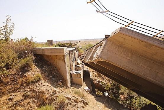 Η γέφυρα Κομψάτου και τα «ορφανά» έργα