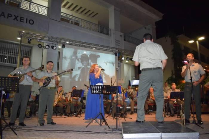 Η Στρατιωτική Μουσική ξεσήκωσε την κατάμεστη κεντρική Πλατεία Ξάνθης
