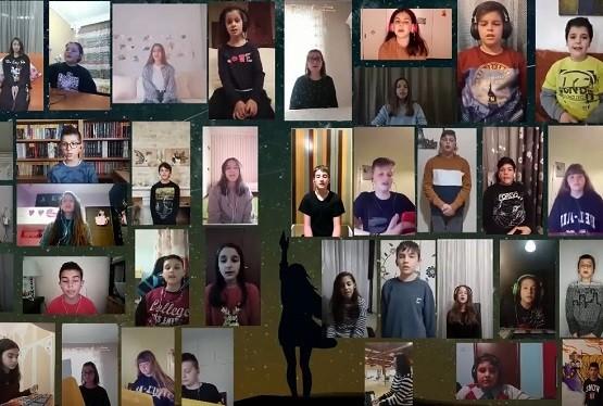 Ξάνθη: Μαθητές τραγουδούν το δικό τους «ευχαριστώ» στους εκπαιδευτικούς