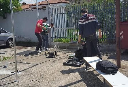 Κομοτηναίοι μαθητές κατασκευάζουν ηλιακό σταθμό φόρτισης